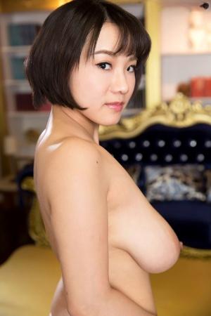 Huge Japanese Boobs Pics