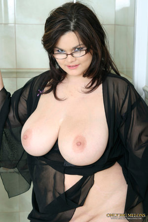 Huge Boobs Glasses Pics