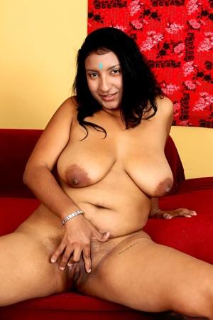 Huge Indian Boobs Pics