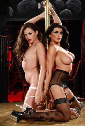 Huge Boobs Stripper Pics