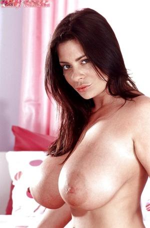 Huge Boobs Brunette Pics