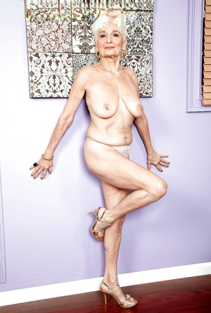 Huge Granny Boobs Pics