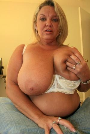 SSBBW Huge Boobs Pics